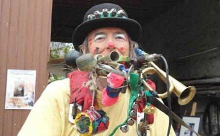 zigmus-clown-homme-orchestre_4